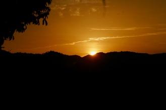 Sonnenuntergang bei der Gibbon Experience in Laos