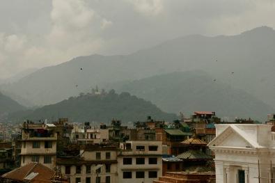 Swayambhunath Tempel auf einem der Hügel in Kathmandu