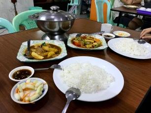 Vegetarian Center im Zentrum Yangons