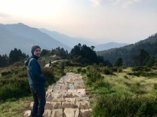 Abstieg vom Poon Hill zurück nach Ghorepani zum Frühstücken