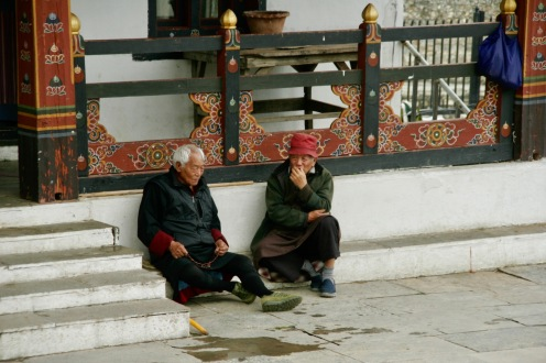Bhutanesen beim National Memorial Chorten in Thimphu