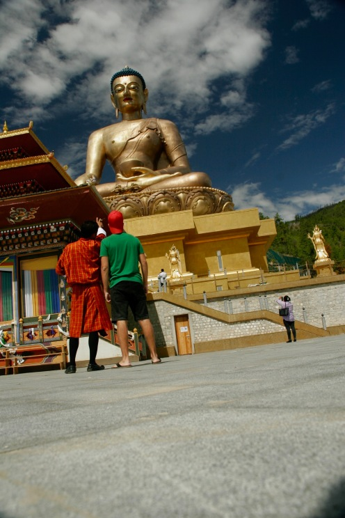 Blauer Himmel beim Buddha Point in Thimphu