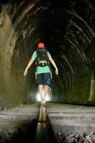Durch den Tunnel zurück nach Ella
