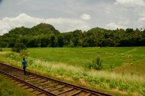 Erste Kilometer mit der Eisenbahn durch Sri Lanka - von Colombo nach Kandy