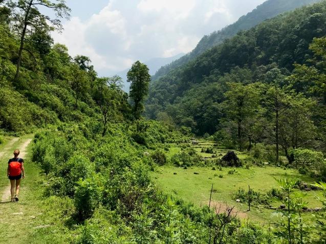 Erste Schritte von Nayapul nach Ghandruk