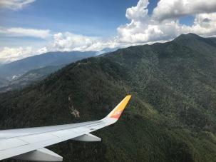 Ganz nah an den Bergen beim Abschied von Bhutan