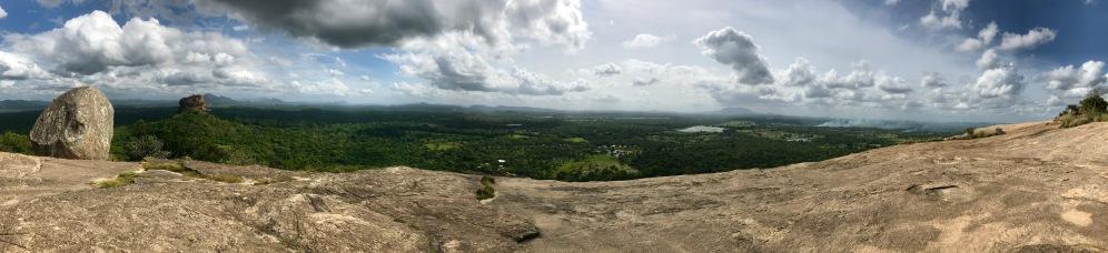 Panorama vom Pidurangala Felsen