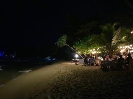 Salt Bar am Mirissa Strand