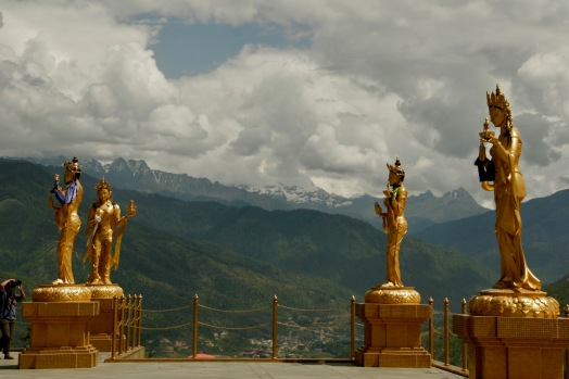 Statuen beim Buddha Point in Thimphu