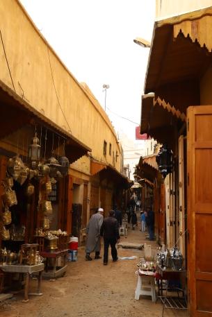 Fès - kleine Gassen durchziehen die Medina