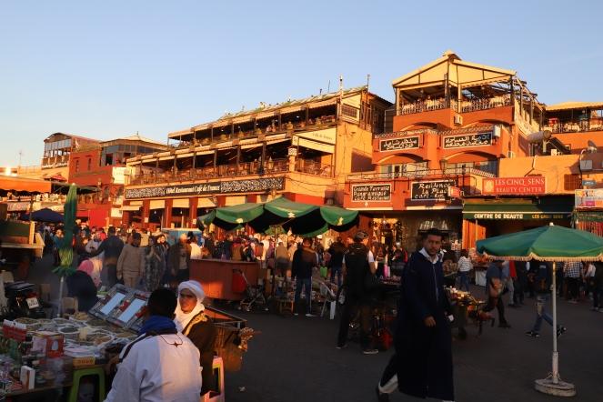 Marrakesh - Djemaa el-Fna bei Sonnenuntergang