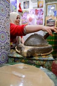 Marrakesh - mühsame Herstellung des Arganöls
