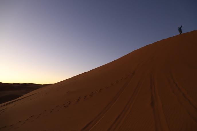 Sahara Tour - warten auf den Sonnenaufgang