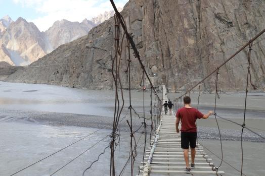 10 Schritte weiter dürfen Touristen nicht