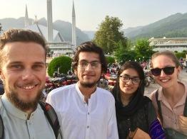 Ahsan hat uns eine Taxifahrt spendiert
