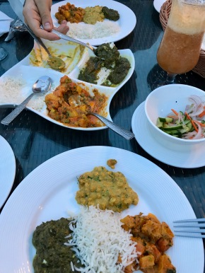 Curries im Monal Restaurant