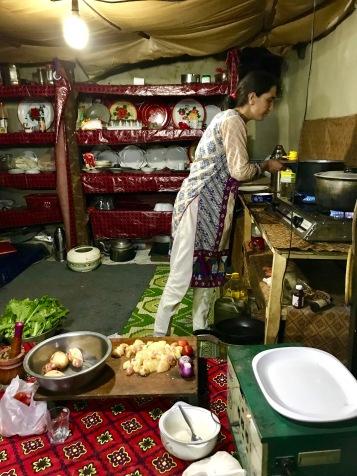 Rehmans Frau kocht für uns