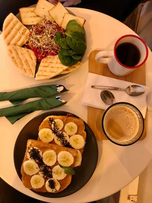 Frühstück im Coffee Garden in Kazimierz