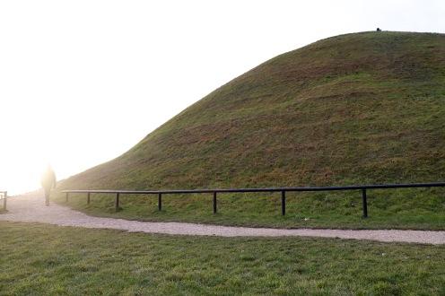 Wir besteigen den Krakus Mound
